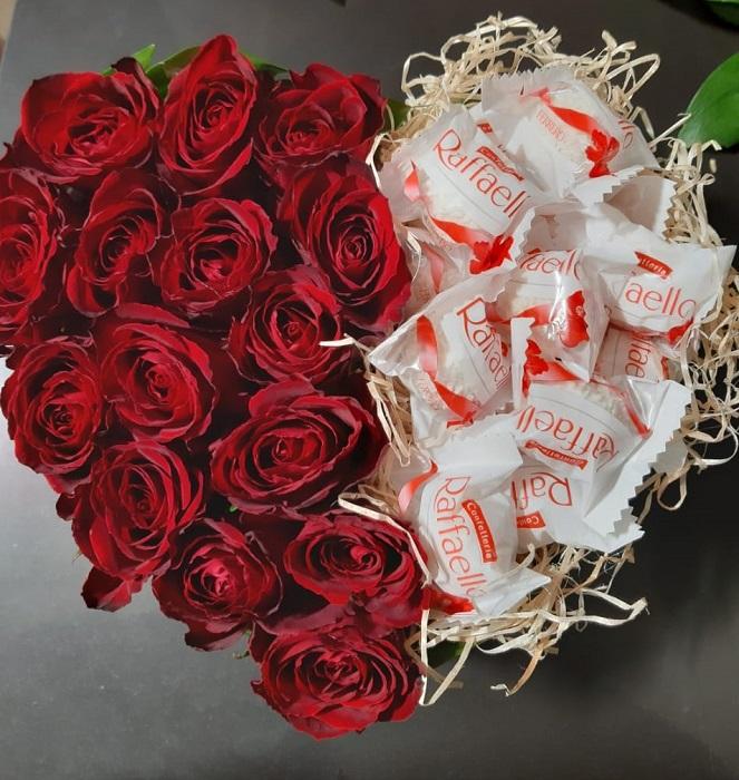 Сердце из роз и конфет в Волгограде